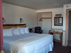 King Bed Room in Pinedale Wyoming